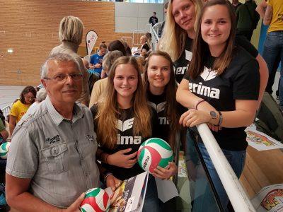Ehrungen für Damen I und ihren Trainer zum Tag des Volleyballs 2019!